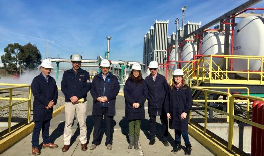Ministro de Energía visita avances de nueva subestación y planta de regasifiación de Enap