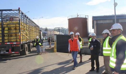 Nuevo traslado de combustible y gas abastecerán al archipiélago de Chiloé