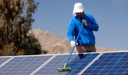 Precios de sistemas fotovoltaicos bajan hasta 13,6% en el último año