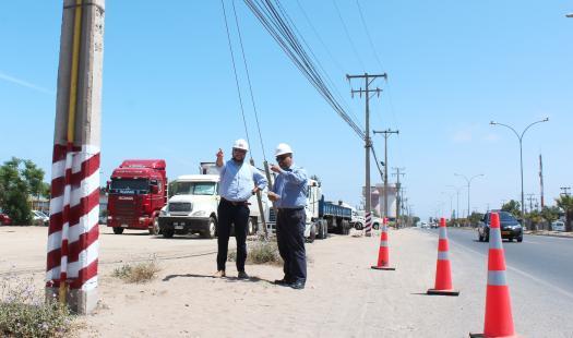 Gobierno y distribuidora adoptan medidas para evitar los choques a postes