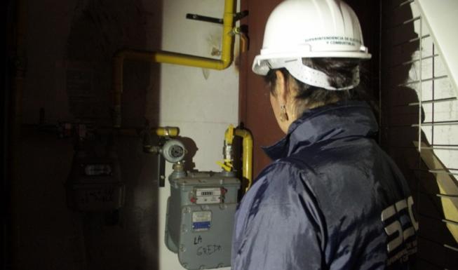 SEC entrega recomendaciones en el uso del gas en los hogares en medio de pr...