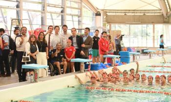 Ministro Jobet y alcalde Alessandri inauguran sistema de iluminación y equipos térmicos en la piscina temperada del Parque O'Higgins