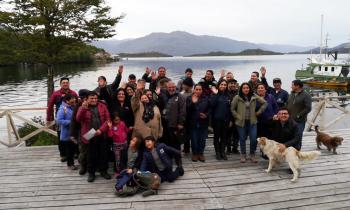 Energía Magallanes y Conadi socializan ante comunidad local proyecto para energizar Puerto Edén 24/7