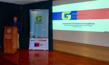 Profesionales de los sectores públicos se capacitan como Gestores Energéticos en Tarapacá