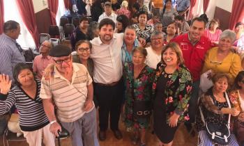 Subsecretario de Energía se reúne con adultos mayores de Calama y María Elena para explicar Agenda Social del Gobierno