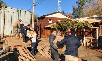 Trabajo coordinado destaca en entrega de cajas de alimentos en la comuna de Olmué