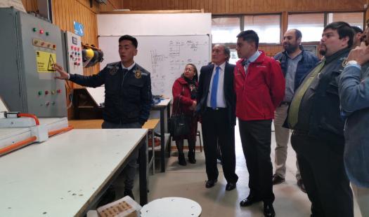 Liceo Politécnico de Laja se beneficiará con 62 paneles solares