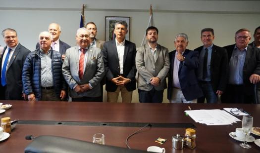 En 16 municipalidades de la región podrá hacer consultas y reclamos sobre Electricidad y Combustibles