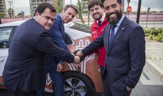 """Subsecretario de Energía inauguró primera Electrolinera de la """"Electro Ruta del Cobre"""""""