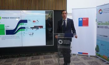 Ministro Jobet actualiza compromiso público-privado con más de 50 empresas e instituciones para impulsar la electromovilidad