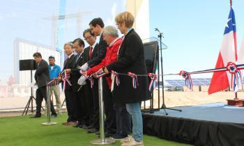 Ministro Jobet inaugura en Tar...